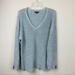 AEO Pullover Grey V-Neck Sweater Size XL